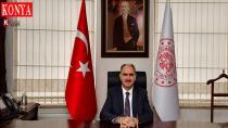 Vali Özkan: 'Annelerimiz Karşılıksız Sevginin Anlamını Yüreğimize Kazıdılar'